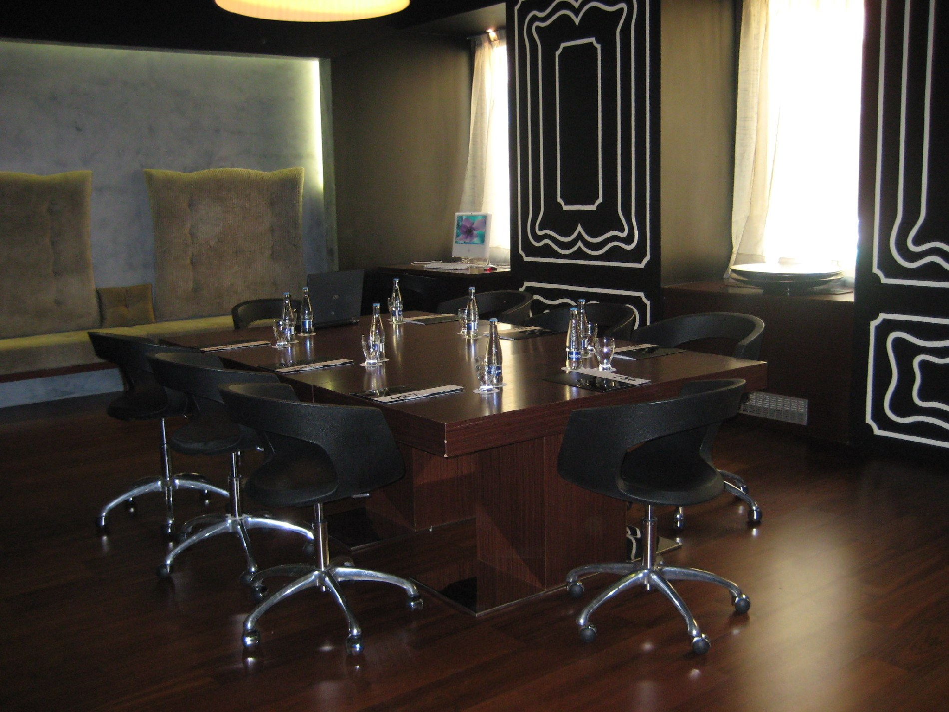 Meeting rooms 987 design prague hotel for your event in for Hotel design 987